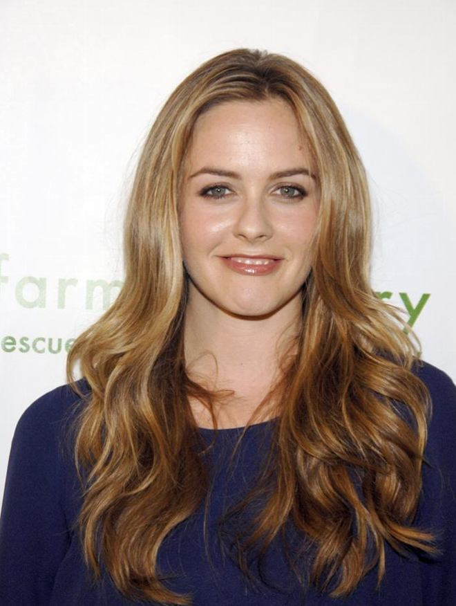 Alicia Silverstone Hairstyles Pictures, Long Hairstyle 2011, Hairstyle 2011, New Long Hairstyle 2011, Celebrity Long Hairstyles 2079