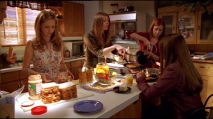 Willow, Dawn, Buffybot and Tara breakfast scene from Bargaining (Part One)