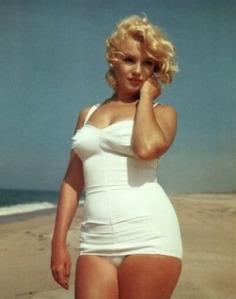 Marilyn beach photo