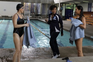 Emily and Paige on swim team, Pretty Little Liars